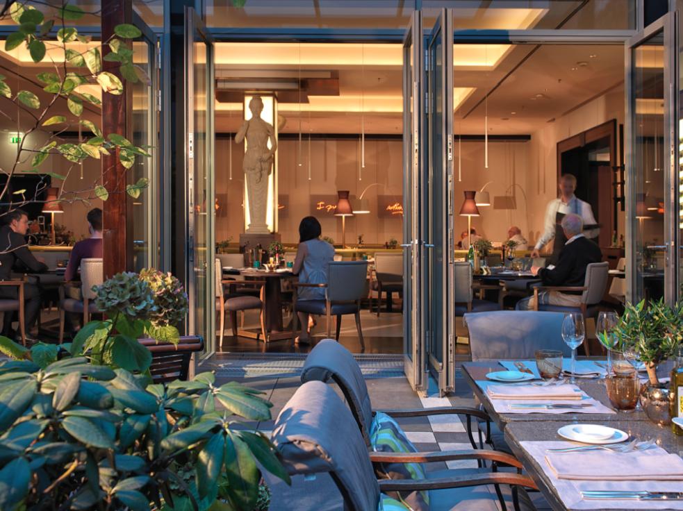 hotel_de_rome_la_banca.png