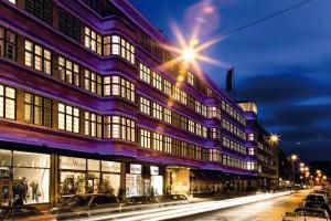Das Ellington-Hotel in Berlin. Die Verwendung der Fotos ist honorarpflichtig (zzgl.7%U.St.). Keine Gewähr bei der Verletzung von Rechten dritter. Bankverbindung: ING-DiBa Kto. 0132919517 Blz. 50010517 IBAN_DE20 5001 0517 0132 9195 17 BIC_INGDDEFF Finanzamt Berlin Mitte/Tiergarten Stnr. 34/203/54675 Ust.Idnr. DE 158080964